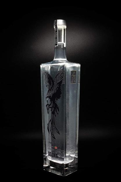 Vodka Produktfoto Homepage seitlich